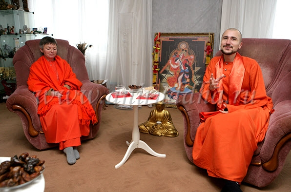 Монахи Дивья Локи